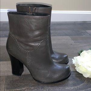 KORK-EASE GREY heeled booties size 8